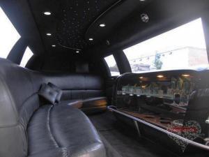 Прокат Лимузин Lincoln Town Car на свадьбу 2