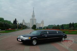 Прокат Лимузин Lincoln Town Car на свадьбу 3