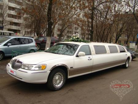 Прокат Лимузин Lincoln Town Car на свадьбу