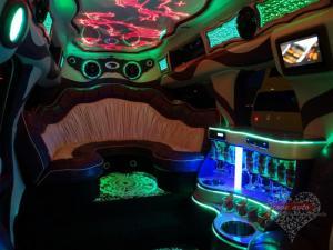 Прокат Лимузин Cadillac Escalade 3 на свадьбу 5