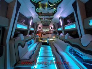 Прокат Лимузин Hummer H2 Mega 30 мест, крыша в полный рост на свадьбу 1