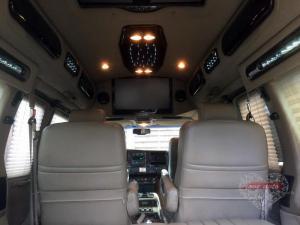 Прокат Минивэн Chevrolet Express на свадьбу 9