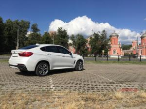 Прокат BMW X6 NEW на свадьбу 3