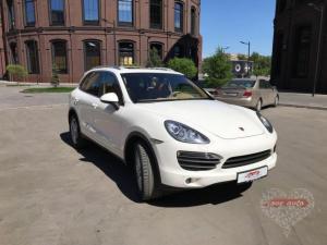 Прокат Porsche Cayenne NEW на свадьбу 0