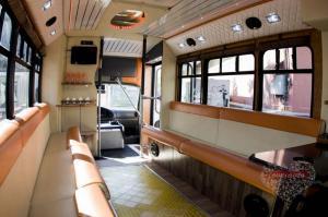 Прокат Микроавтобус Party Bus Ford  на свадьбу 5