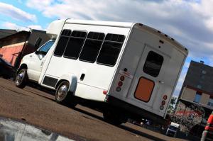 Прокат Микроавтобус Party Bus Ford  на свадьбу 0