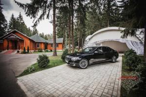 Прокат BMW 7  на свадьбу 0