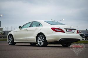 Прокат Mercedes-Benz CLS на свадьбу 9